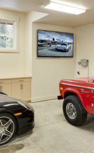 Restech-garage-TV-screen