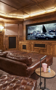 Restech-home-theater-side-TV-Batman